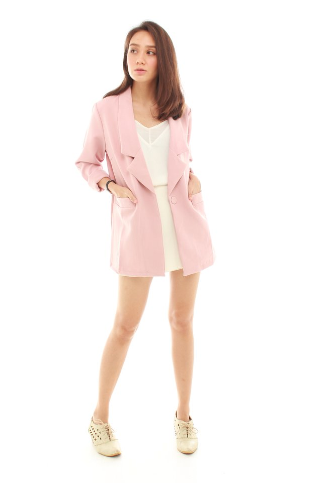 *BACK IN STOCK* Oversized Pocket Blazer in Blush