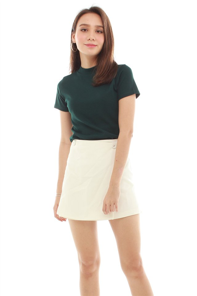 *BACK IN STOCK* High Neck Basic Mod Sleeved Top in Emerald