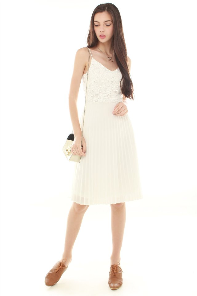Lace Detailing Pleated Midi Dress in White