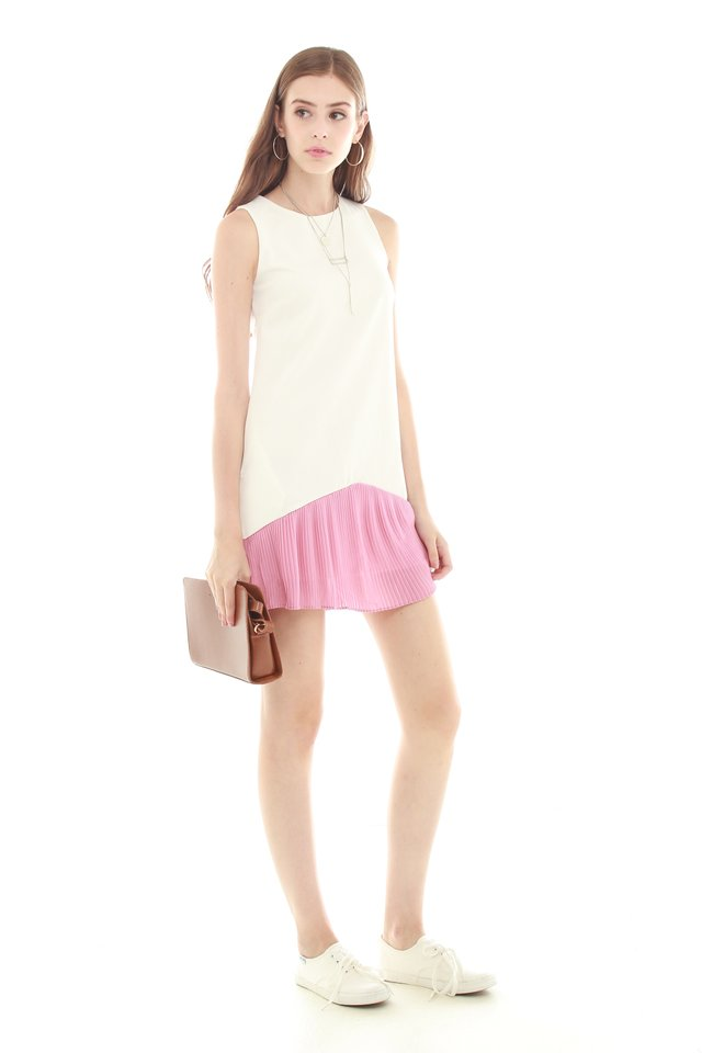 *BACK IN STOCK* Colourblock Pleated Pocket Trapeze Dress in Mauve