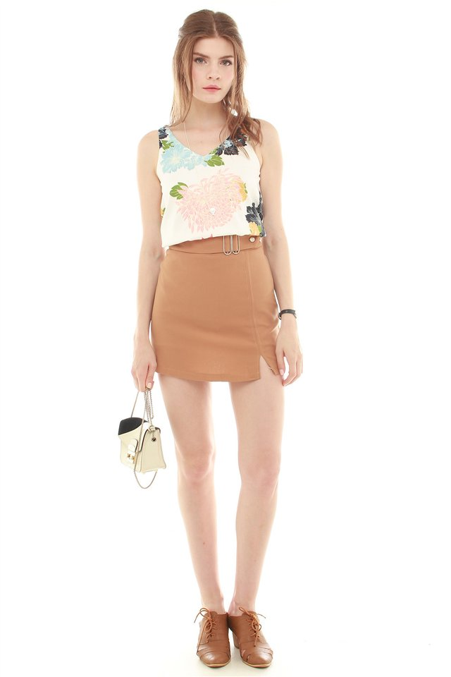 Front Buckle Skirt in Camel