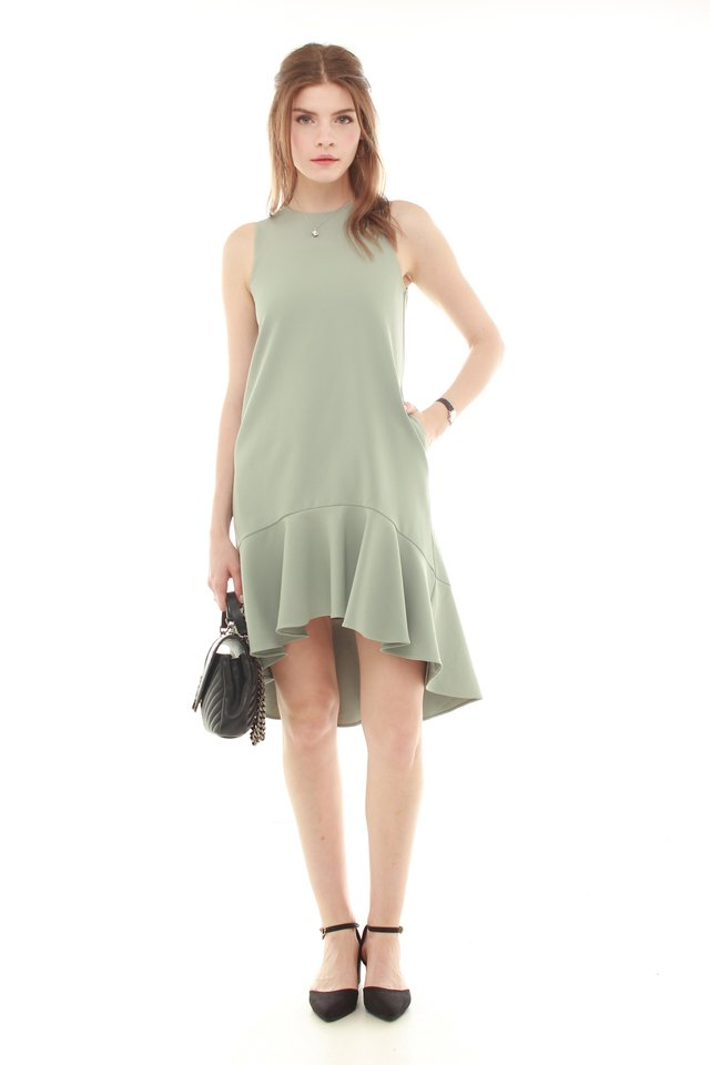 *BACK IN STOCK* Twirling Drop Hem Midi Dress in Jade