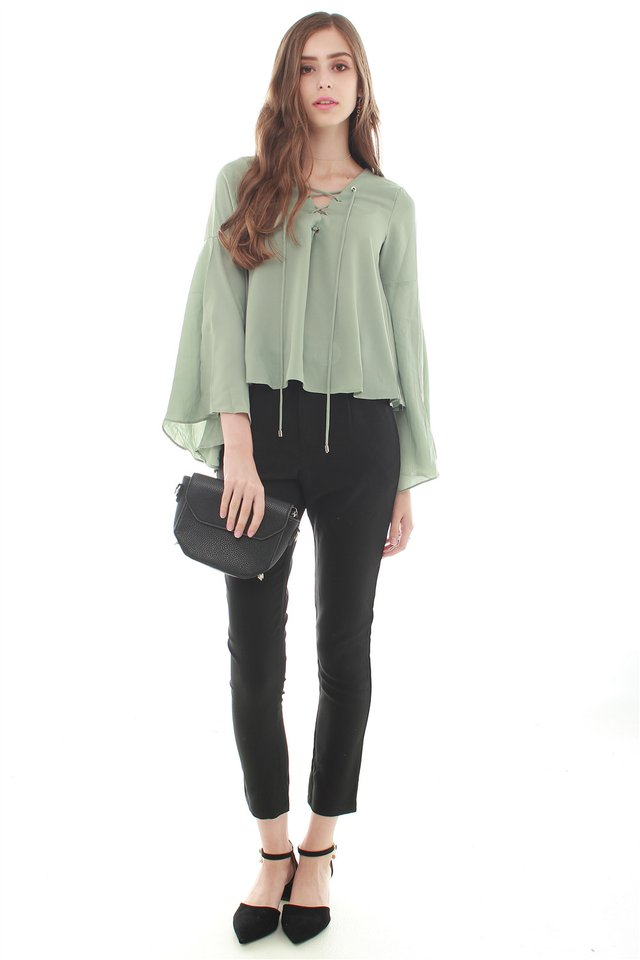*BACK IN STOCK* ACW Split Sleeve Lace Tie Shirt in Jade Green