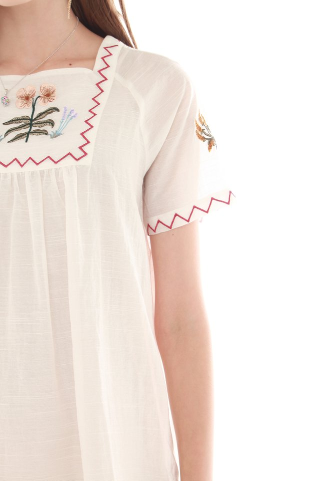*BACK IN STOCK* Embroidery Casual Weekender Dress