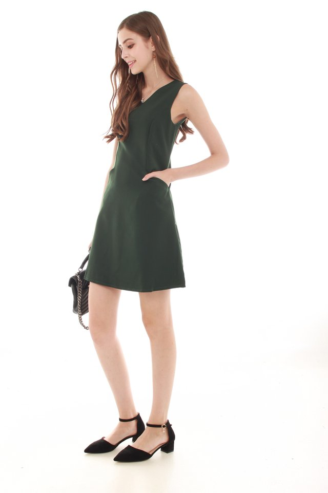 ACW Effortless Pocket Shift Dress in Emerald