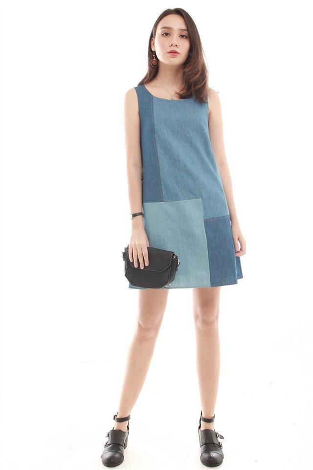Denim Colourblocking Shift Dress in Dark Wash