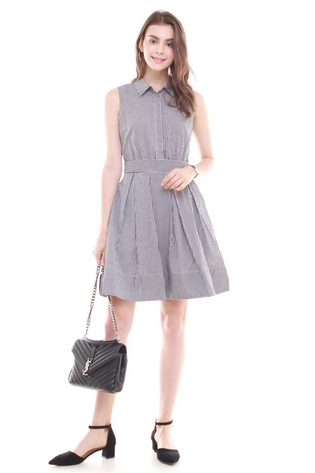 *BACK IN STOCK* Button Down Preppy Dress in Houndstooth