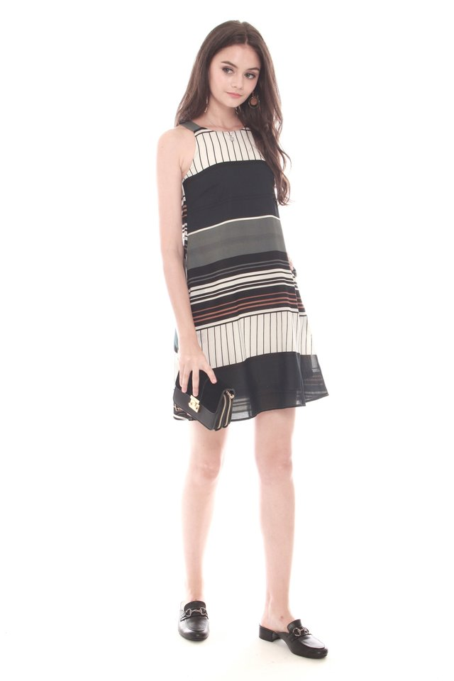 Abstract Stripes Cut In Trapeze Dress in Green