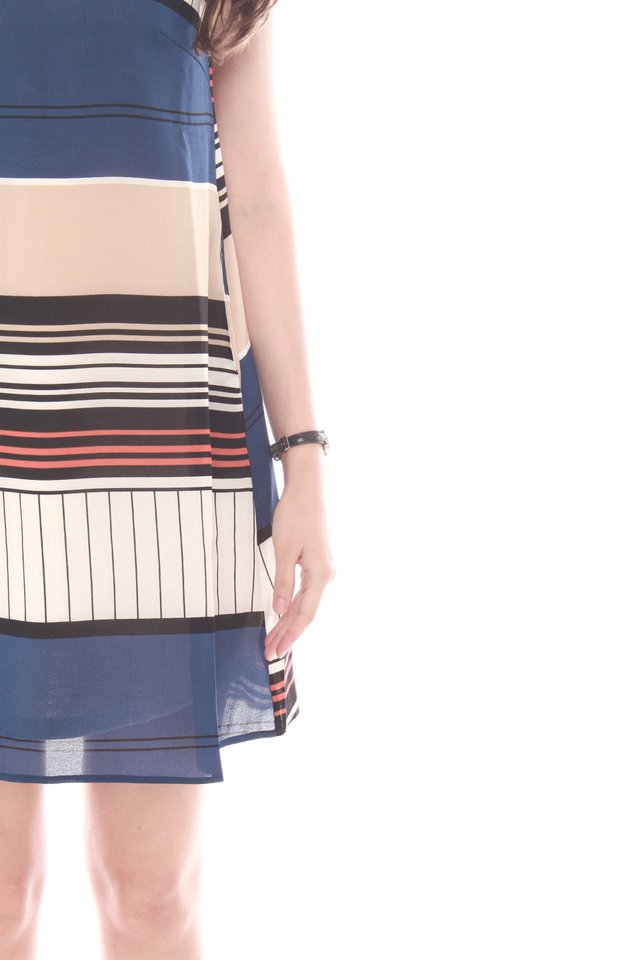 Abstract Stripes Cut In Trapeze Dress in Blue