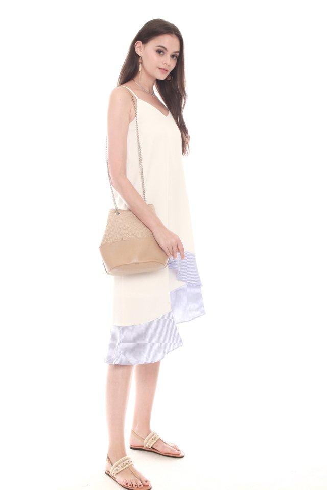 Two Way Tweed Bucket Bag in Cream