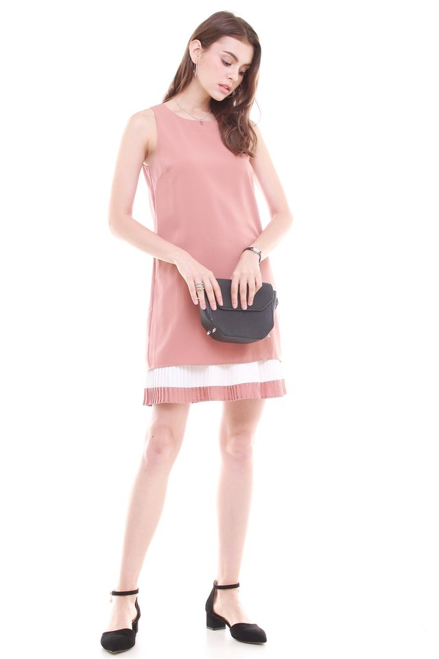 Double Pleat Colourblock Shift Dress in Camel
