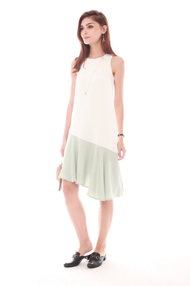 Asymmetrical Colourblock Hem Midi Dress in White-Mint