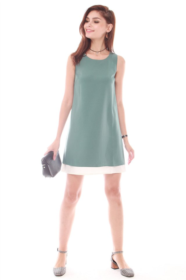 Reversible Two Tone Shift Dress in Turquoise-White