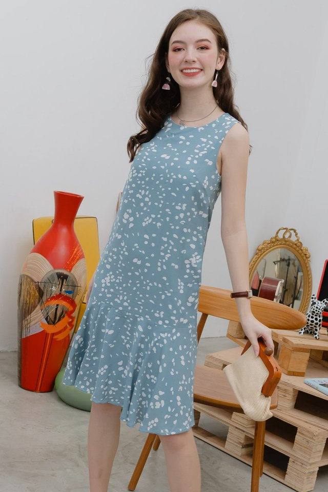 Speckle Print Drop Hem Midi Dress in Dusty Blue