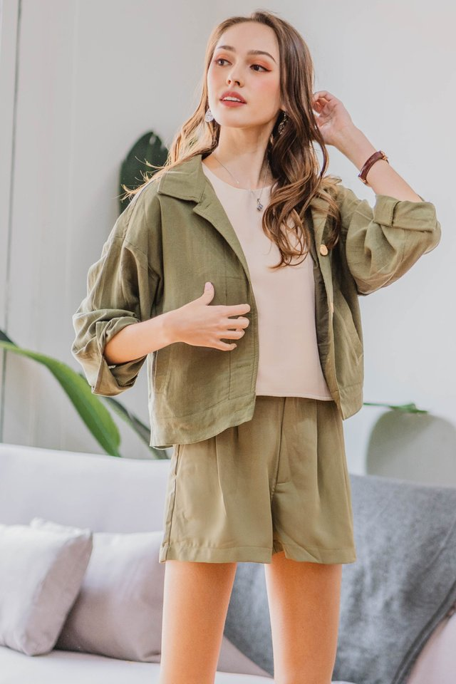 ACW Structured Button Down Jacket in Olive