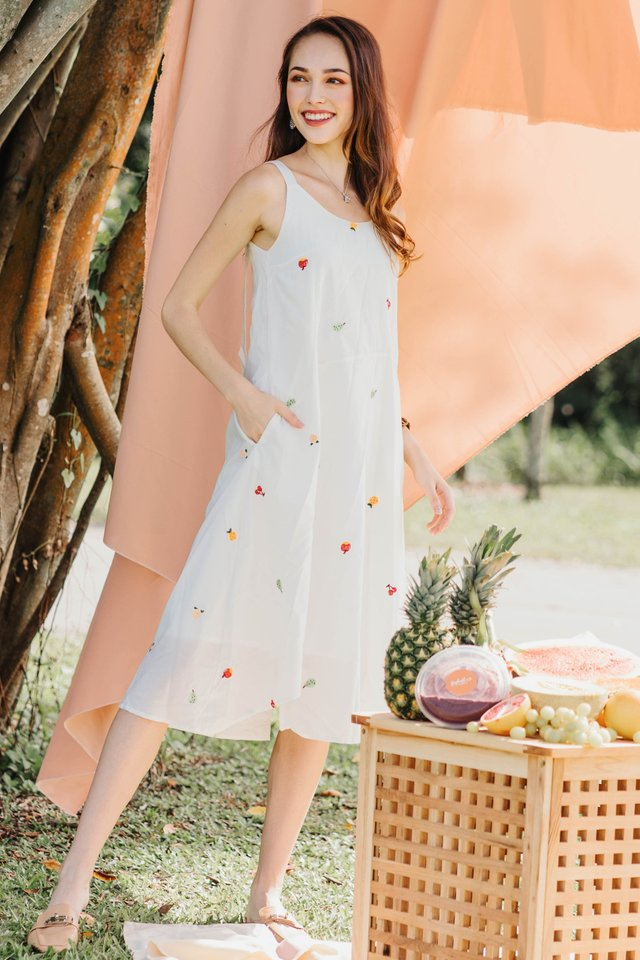 *BACK IN STOCK* ACW Fruit Embroidery Curve Midi Dress