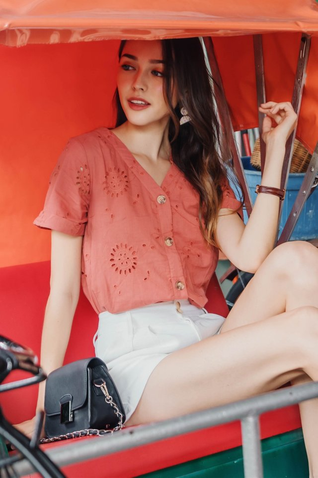 ACW Eyelet Button Down Sleeve Top In Terracotta
