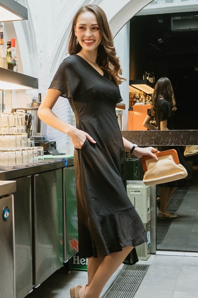 ACW Asymmetric Hem Ruched Midi Dress in Black