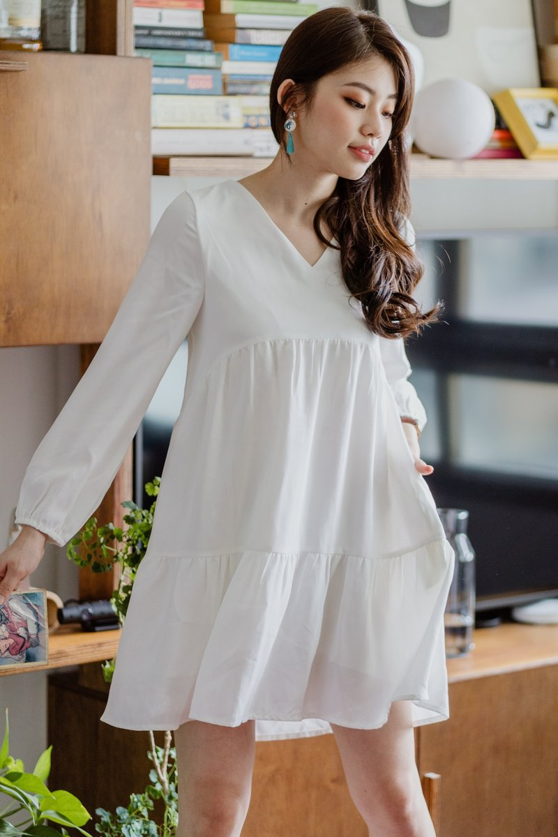 ACW Balloon Sleeve Tiered Babydoll Dress in White