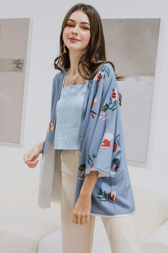 ACW Two Way Bloom Floral Reversible Kimono in Periwinkle Blue