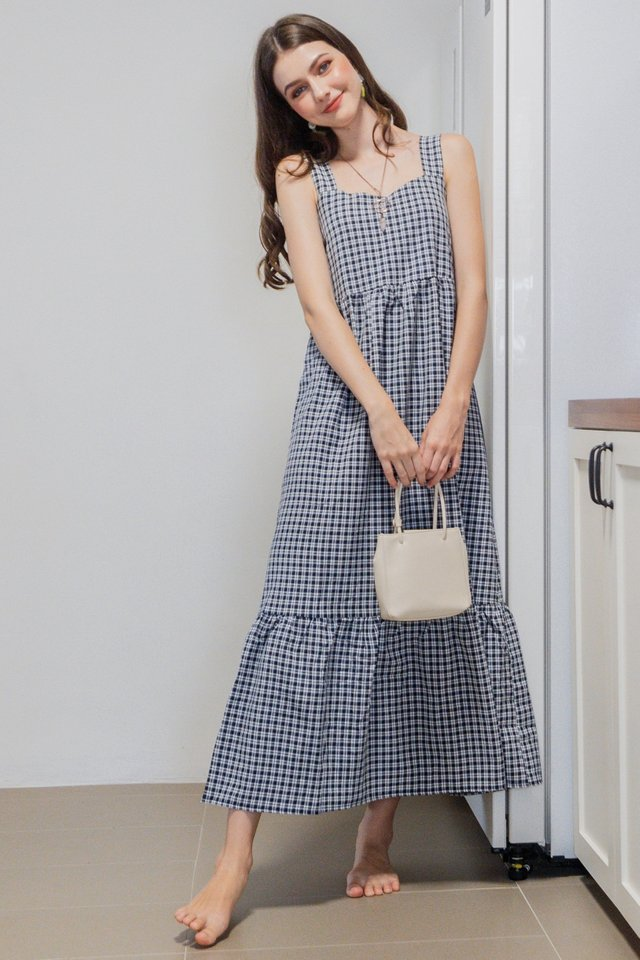 *BACK IN STOCK* Gingham Two Way Maxi Dress in Black