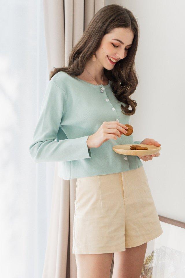 ACW Linen Pocket Straight Fit Shorts in Ecru