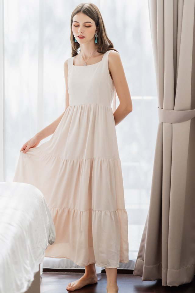 ACW Adjustable Button Tiered Maxi Dress in Ivory