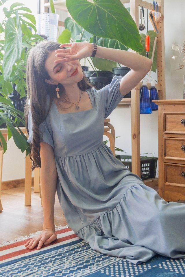 ACW Sleeve Drop Hem Tier Maxi Dress in Stone Blue