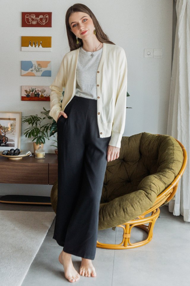ACW Cozy Knit Button Cardigan in Ivory